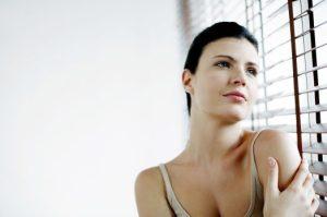 Hoe je negatieve gedachten en piekeren kunt stoppen